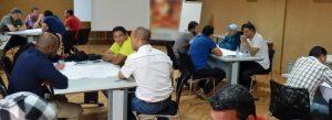 Philippe Chartin en séance de coaching, team building pour Kairos-Pro.
